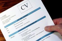 Comment rédiger un CV parfait sans expérience