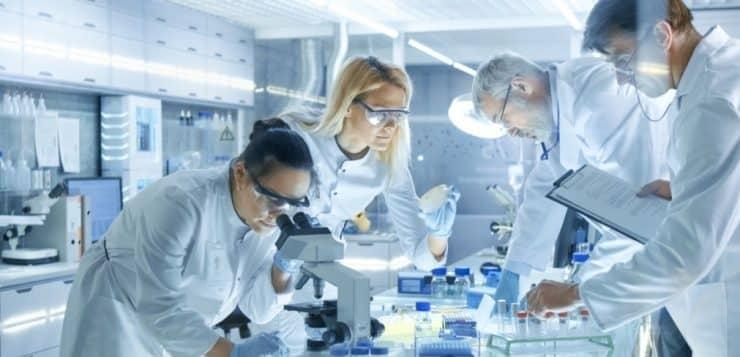 Industrie pharmaceutique: quels sont les métiers d'avenir?